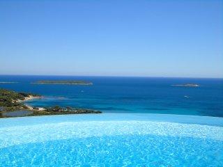 Mini-villa vue Mer a 950 m de la Plage de Palombaggia- MADE IN PALOMBAGGIA