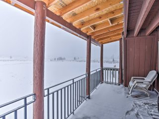 NEW! 3BR Island Park Cabin on 6 Acres - 3 Decks!