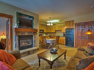 NEW! 2BR Granby Ski-in/Ski-out Condo w/Pool Access
