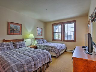Granby Ski-in/Ski-out Condo w/ Pool & Hot Tubs!
