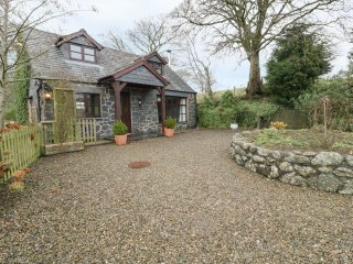 ARAN, wooden beams, countryside views, near Bala Lake, Ref 969997
