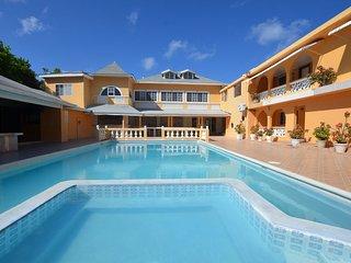LARGE REUNIONS! WEDDINGS! Villa Royale, Montego Bay, 15 BR
