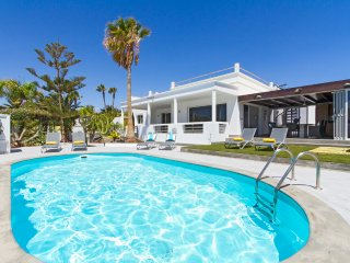 3 bedroom Villa in Puerto Calero, Canary Islands, Spain : ref 5504152