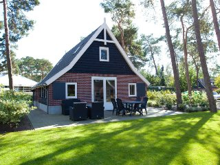 4 bedroom Villa in Otterlo, Provincie Gelderland, Netherlands : ref 5504034