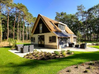 6 bedroom Villa in Otterlo, Provincie Gelderland, Netherlands : ref 5503983