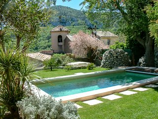 2 bedroom Villa in Mimet, Provence-Alpes-Cote d'Azur, France : ref 5503928