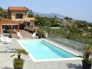 Villa Gemma di mare, near Savoca
