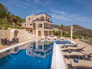 5 bedroom Villa in Plaitis, Crete, Greece : ref 5503427
