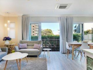 Bakoven Apartment Sleeps 4 with Air Con - 5503372
