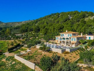 6 bedroom Villa in Font de sa Cala, Balearic Islands, Spain : ref 5503195
