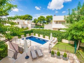 4 bedroom Villa in Platja de Muro, Balearic Islands, Spain - 5503141