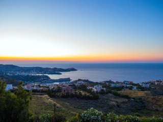 VILLA 270meters WITH 6 BEDROOMS FOR 12 PERSONS WITH PRIVETE SWIMMING POOL