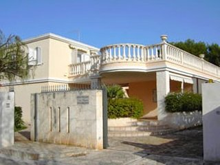 5 bedroom Villa in Maruggio, Apulia, Italy : ref 5489586