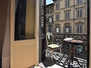 5 bedroom Apartment in Florence, Tuscany, Italy : ref 5489559