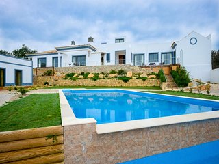 6 bedroom Villa in Estoi, Faro, Portugal : ref 5489381