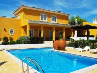 8 bedroom Villa in Boliqueime, Faro, Portugal : ref 5489385