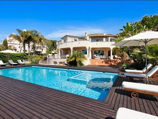 6 bedroom Villa in Quinta do Lago, Faro, Portugal : ref 5480390