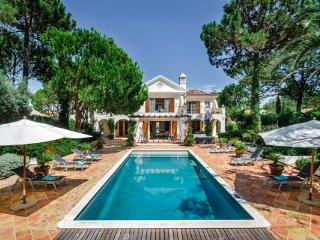 4 bedroom Villa in Quinta do Lago, Faro, Portugal : ref 5480383