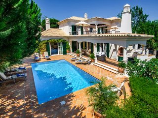 5 bedroom Villa in Vale do Lobo, Faro, Portugal : ref 5480362
