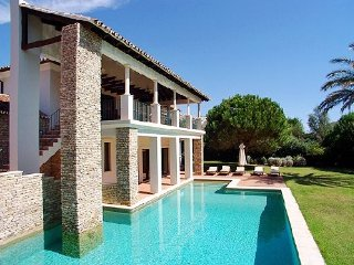 5 bedroom Villa in Quinta do Lago, Faro, Portugal : ref 5480355