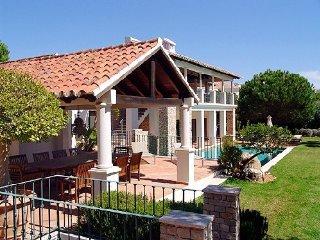 Quinta do Lago Villa Sleeps 10 with Pool Air Con and WiFi - 5480355