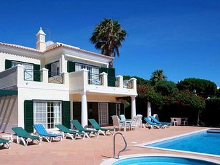 4 bedroom Villa in Vale do Lobo, Faro, Portugal : ref 5480353