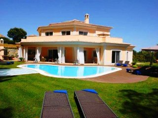 5 bedroom Villa in Quinta do Lago, Faro, Portugal : ref 5480345