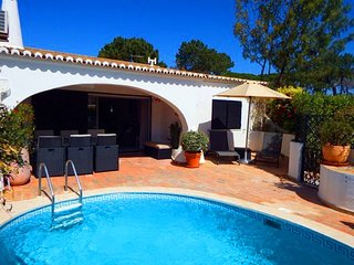 2 bedroom Villa in Vale do Lobo, Faro, Portugal : ref 5480330