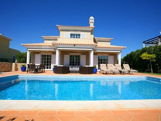6 bedroom Villa in Vale do Garrao, Faro, Portugal : ref 5480323