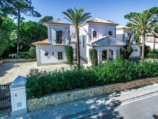 4 bedroom Villa in Quinta do Lago, Faro, Portugal : ref 5480289