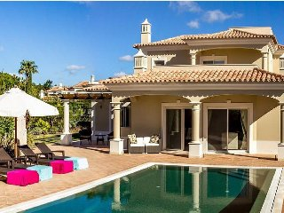 4 bedroom Villa in Vale do Garrao, Faro, Portugal : ref 5480237