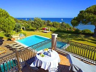 6 bedroom Villa in Praia da Oura, Faro, Portugal : ref 5480208