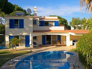 4 bedroom Villa in Vale do Lobo, Faro, Portugal : ref 5480193