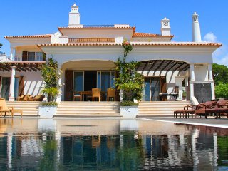 4 bedroom Villa in Vale do Lobo, Faro, Portugal : ref 5480178