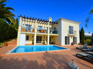 4 bedroom Villa in Almancil, Faro, Portugal : ref 5480169