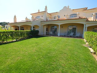 2 bedroom Villa in Vale do Garrao, Faro, Portugal : ref 5480146