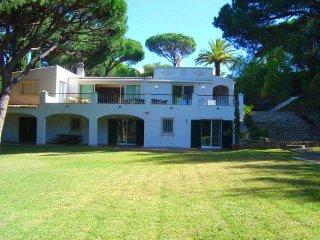 5 bedroom Villa in Vale do Lobo, Faro, Portugal : ref 5480129