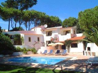 4 bedroom Villa in Quinta do Lago, Faro, Portugal : ref 5480121