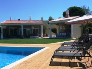 6 bedroom Villa in Vale do Garrao, Faro, Portugal : ref 5480093