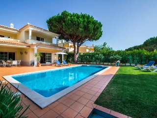 4 bedroom Villa in Vilamoura, Faro, Portugal : ref 5480072