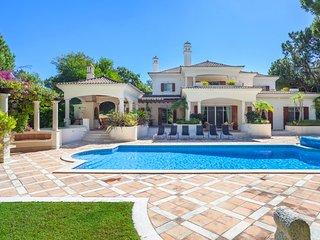 5 bedroom Villa in Quinta do Lago, Faro, Portugal : ref 5480065