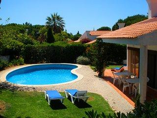 4 bedroom Villa in Vale do Lobo, Faro, Portugal : ref 5480054