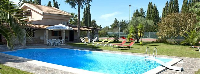 4 bedroom Villa in Tenuta Sella e Mosca, Sardinia, Italy : ref 5476431
