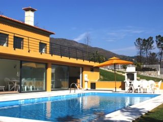 3 bedroom Villa in Ponte da Barca, Braga, Portugal : ref 5455213