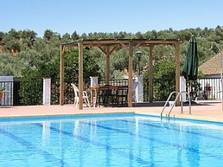 Montoro Villa Sleeps 20 with Pool - 5000375