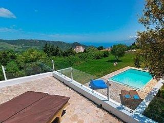 4 bedroom Villa in Sanlucar de Barrameda, Andalusia, Spain : ref 5455019