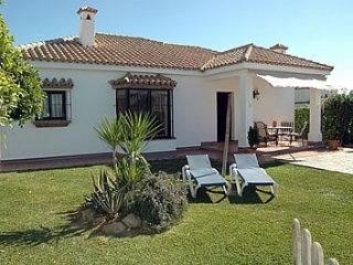 Conil de la Frontera Villa Sleeps 10 with Pool - 5080272