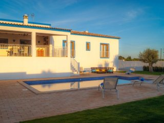 4 bedroom Villa in Silves, Faro, Portugal : ref 5454910
