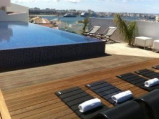 3 bedroom Villa in Ferragudo, Faro, Portugal : ref 5454899