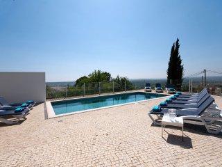 5 bedroom Villa in Tavira Municipality, Faro, Portugal : ref 5454880